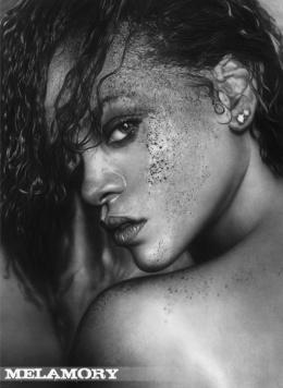 Melamory Larionova逼真写实素描人像铅笔画作品赏析